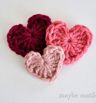 Crocheted Valentine's day hearts (photo tutorial) / Horgolt Valentin-napi szívecskék horgolámintával / Mindy