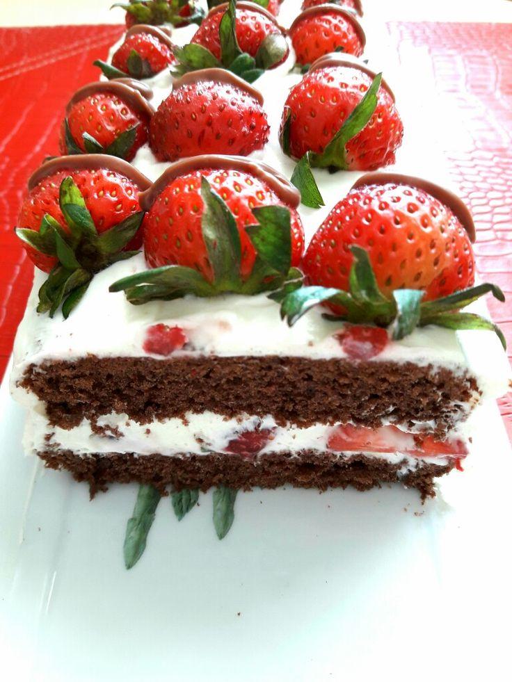 Çilekli pasta