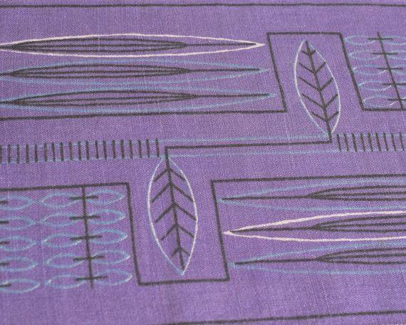 Mid Century Modern Scandinavian Tablecloth 'Pilblad' Purple 1950s Table Topper Sweden 1960s vintage Hand Printed