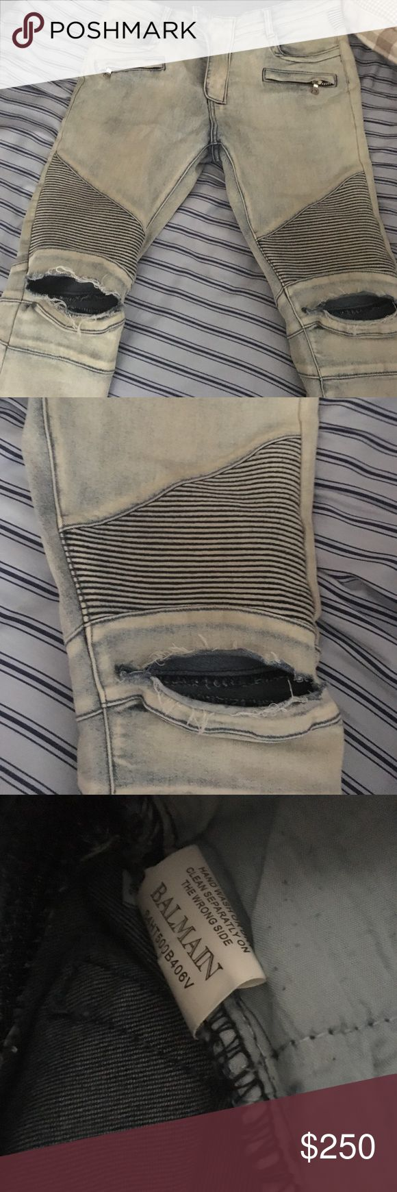 Balmain Paris 32 light blue distressed biker jeans Up for sale are Balmain light blue distressed biker jeans. These pants fit a size 32 waist men and are in great condition. Let me know if you have any questions. Thanks Balmain Jeans Skinny