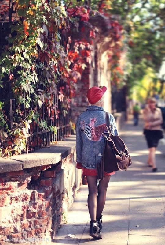 Małgosia Jamroży z naszym plecakiem. Więcej zdjęć na: http://www.margaret-j.blogspot.com/2012/10/i-get-along.html