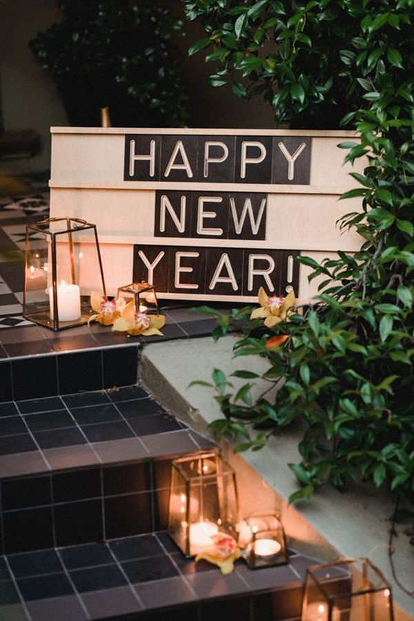 35 Festive New Year Party Decor Ideas For Outdoor In 2020 New Years Eve Decorations House Party Decorations Backyard Party