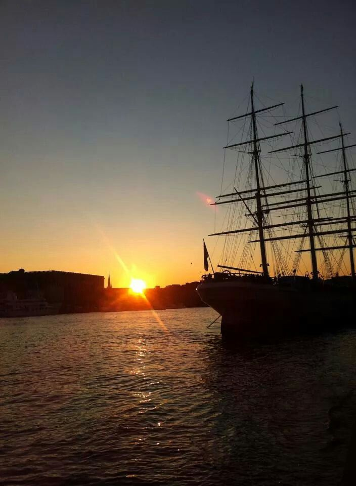 The Nordic sunset takes the breath out of you#Stockholm