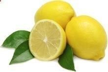 Lemon Juice Recipe for Kidney Stones - At the first symptom of stone pain, mix 2 oz of organic olive oil with 2 oz of organic lemon juice. Drink it straight and follow with a 12 ounce glass of purified water. Wait 30 minutes. Then, squeeze the juice of 1/2 lemon in 12 ounces of purified water, add 1 tablespoon of organic raw apple cider vinegar and drink. Repeat the lemon juice, water and apple cider vinegar recipe every hour until symptoms improve.