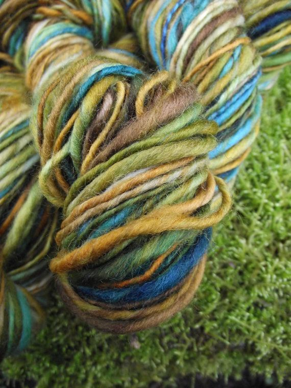 Handspun yarn handpainted thick and thin yarn soft wool