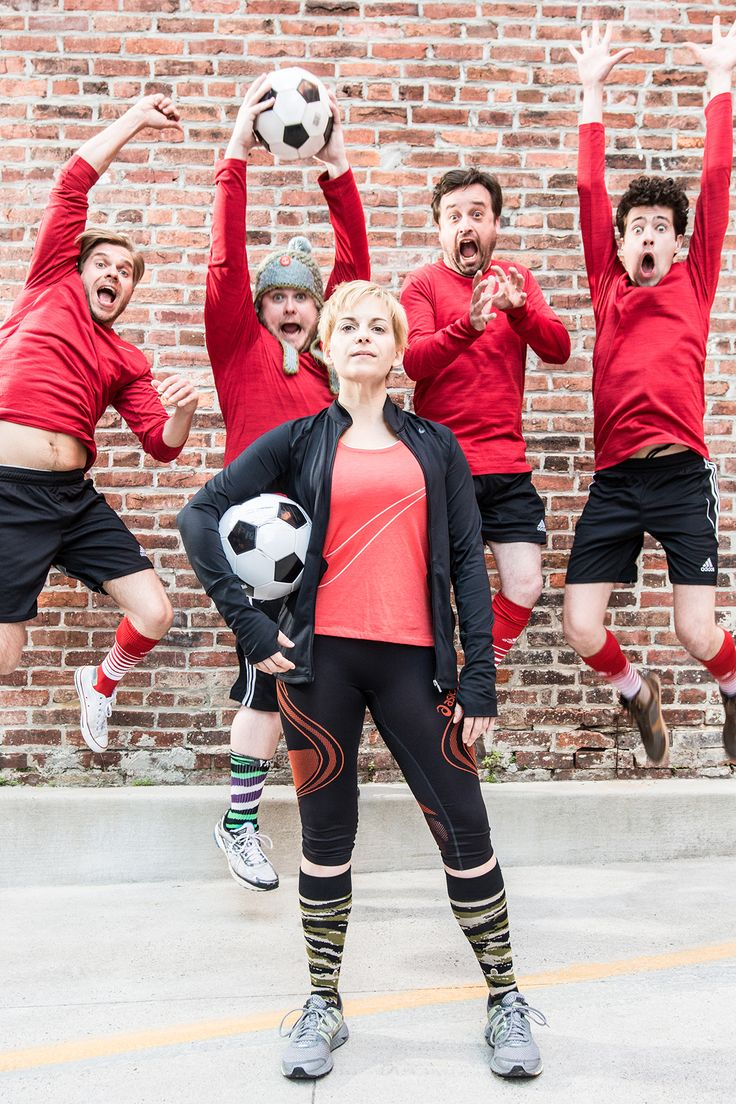 The cast of JUMPERS FOR GOALPOSTS at Studio Theatre in Washington, DC: Kimberly Gilbert (Viv, front), Zdenko Martin (Danny), Jonathan Judge-Russo (Beardy Geoff), Michael Glenn (Joe), and Liam Forde (Luke). Photo: Teddy Wolff.