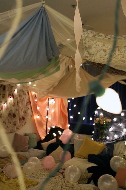 Bring Out Your Inner Child With These 12 Epic Blanket Forts 2