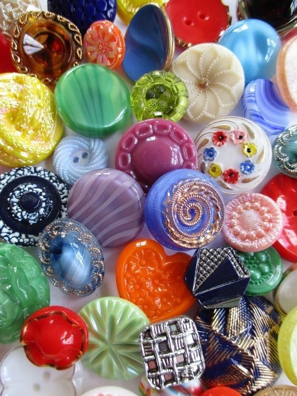 Colourful vintage glass buttons. noelhumphrey on eBay.