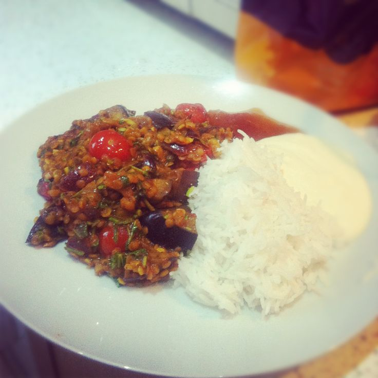 Red lentil, aubergine and cherry tomato curry
