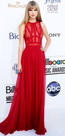 Taylor Swift Billboard Music Awards in a lace Elie Saab column and Neil Lane jewels. This is the best dress and hair!