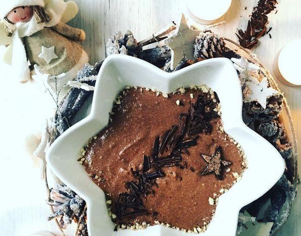 Pyszny i zdrowy krem czekoladowy z awokado jako świąteczny deser