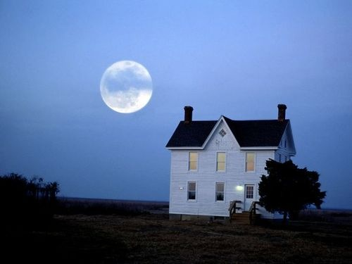 dranilj1:  Chesapeake Bay, Maryland  The moon rises over a building of the Chesapeake Bay Foundation in Maryland.