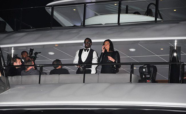 Whenever Diddy and his gorgeous wife Cassie want a view of their surroundings, they come to the same spot at the back of the boat!