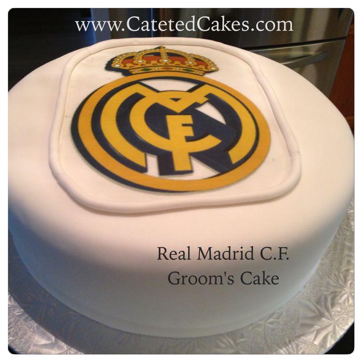 El queque para el novio en la boda  de Jessica y Andrés ayer. Chocolate con sabor de frambuesa y el logo de Real Madrid. ~ (Chocolate raspberry groom's cake with Real Madrid logo)