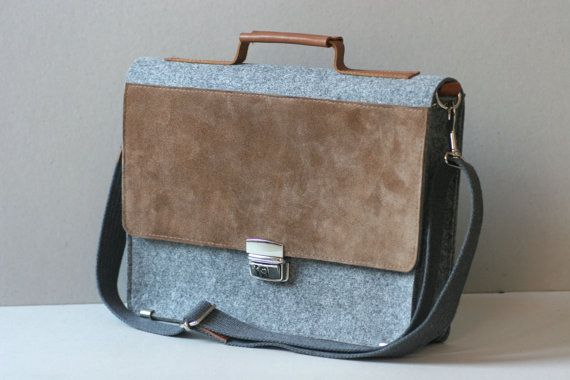 Felt 13 laptop case made of strong stabilized (impregnated) felt and genuine leather, which protects your device from shock, dust and scrapes.