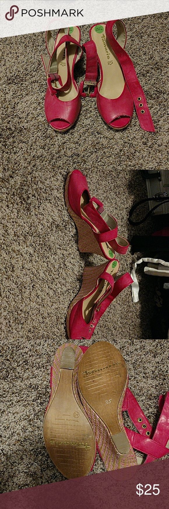 Tamaris wedegs This were bought in Europe I've only wore them once there a lot of fun a hundred percent leather phenomenal shoes... Say size 40 but fit like a 9 tamaris Shoes Wedges