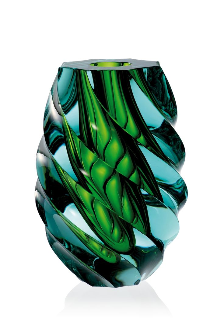 Hand cut overlay vase Twist 3104, beryl-reseda. Moser studio 2014