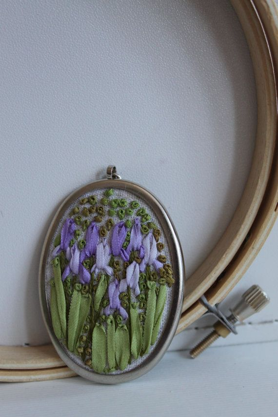 Hand embroidered iris silk pendant necklace in a by SericaNodus