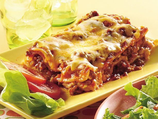 Cheeseburger lasagna  Looks delicious and easy to put together!