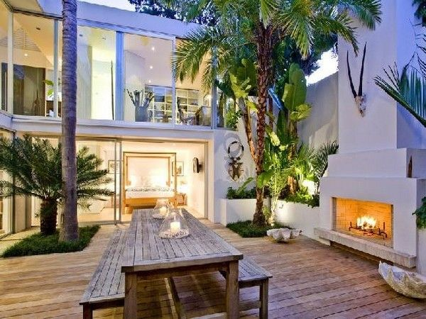 Google Image Result for http://hintoftruth.com/wp-content/uploads/2011/07/Outdoor-Living-Room-Exotic-Home-in-New-Zeeland-Takapuna-House-by-Ron-Sang.jpg