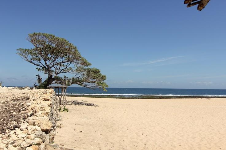 Pok Tunggal Beach: a newly discovered beach with beautiful white sand at Gunungkidul, Jogja ~ @LiburanJogja