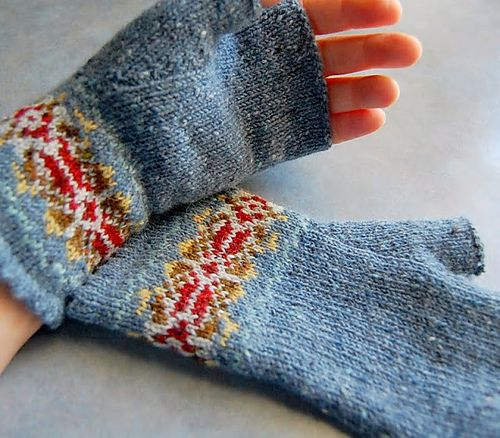 Ravelry: hgd11's Grey and red fair isle mitts