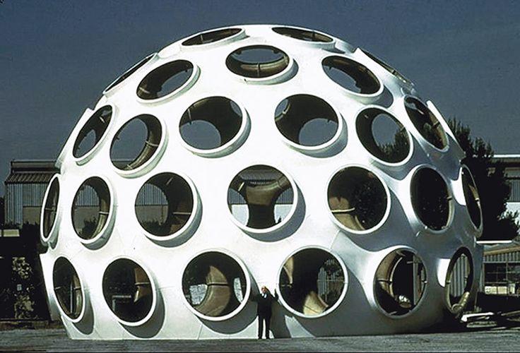 """Buckminster Fuller's 50-Foot """"Fly's Eye"""" Dome to be Restored"""