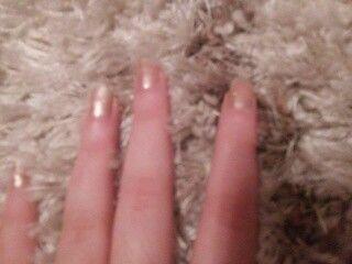 Złote paznokcie :)