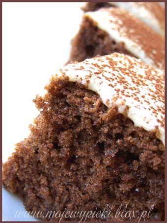 Ciasto cappuccino z polewą z białej czekolady