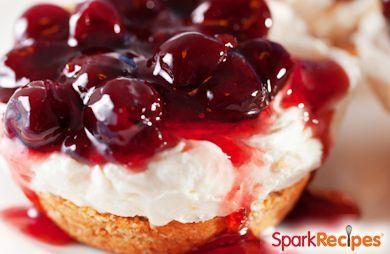 Mini Irish Cream Cheesecakes Recipe via @SparkPeople