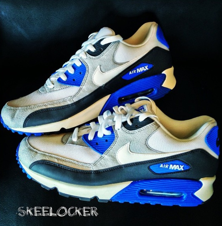 Classic colors & materials for arguably my fav Air Max ever