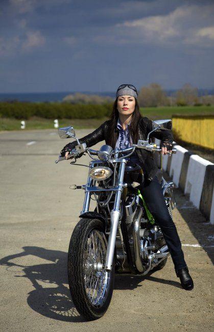 калифорнисткие девушки и мотоциклы