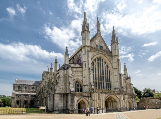 #Winchester Cathedral, #UnitedKingdom - one of the largest Cathedral's in #England. #travel #discover #sights #MedWayOfLife