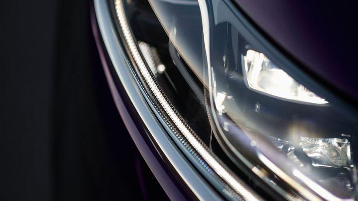 #Renault #Espace #Initiale #Paris #Car #Design #Picoftheday #carphotography #bluecar #lights #detail