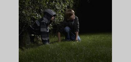 Fun Games to Play Outside at Night | eHow