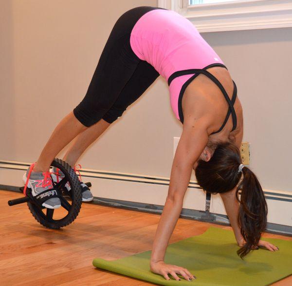 Best 25+ Ab wheel workout ideas on Pinterest | Ab wheel, 15 minute ...