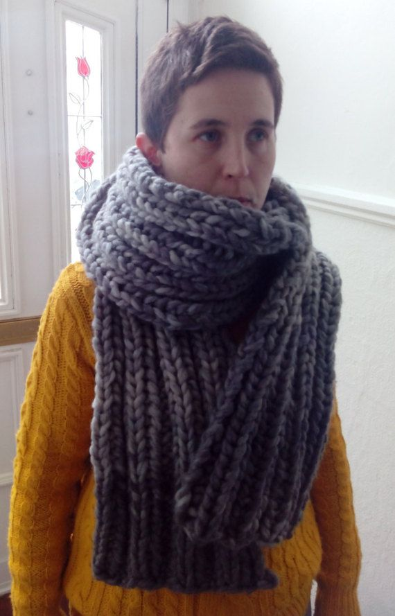 Hand knitted chunky scarf by Nokireki on Etsy
