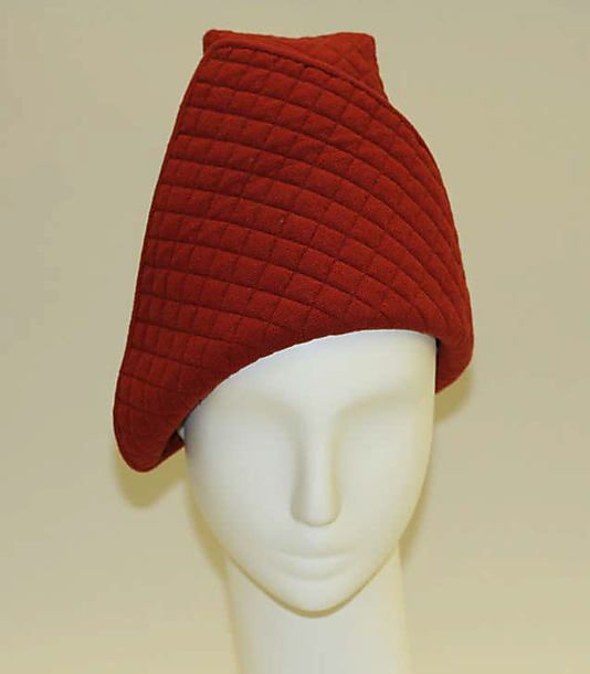 1930's Lilly Daché... beautiful, but wait till you see the back of this hat!