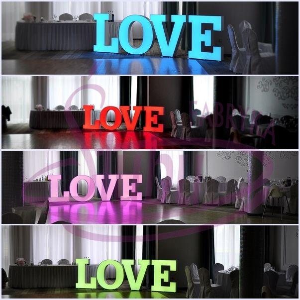 Napis love wynajem www.fabrykaslubu.pl
