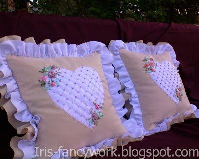 My Fancywork Blog: Диванные подушки с сердечками и двойным рюшем, укр...
