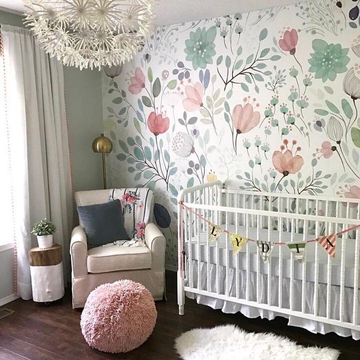Chambre avec papier peint apaisant rose et vert. 2 859 mentions J'aime, 119 commentaires …   – LITTLE ONES