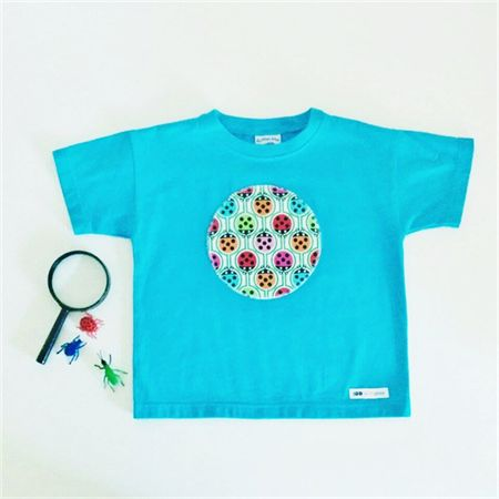 Insects - Appliqued Tshirt - Size 4. Ready to post.