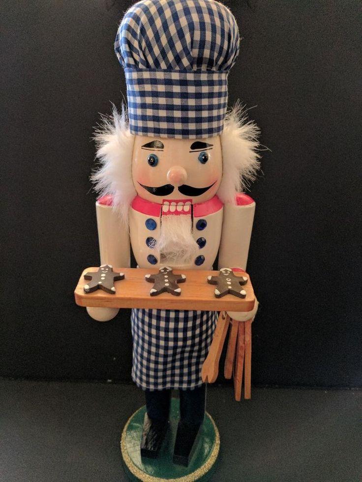 NUTCRACKER Baker/Chef,Serving Gingerbreadman Cookies, CHRISTMAS,Wooden,