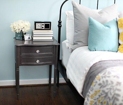 Yellow, Aqua, and Gray Bedroom: Colors Combos, Guest Bedrooms, Bedrooms Colors, Yellow Bedrooms, Blue Bedrooms, Colors Schemes, Night Stands, Guest Rooms, Gray Bedrooms