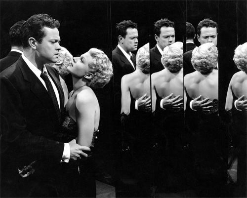 Orson Welles and Rita Hayworth in The Lady From Shanghai (Orson Welles, 1947) One of my very favorite movies!