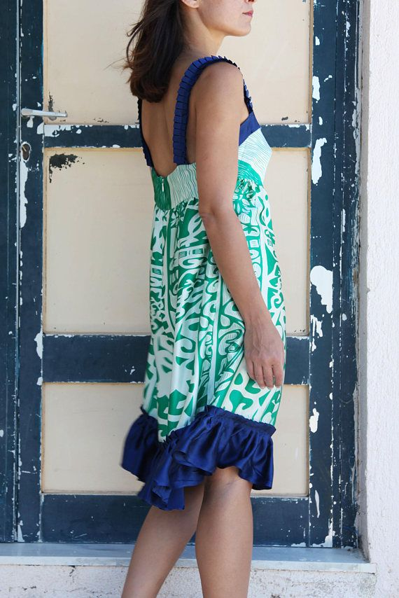 Suga white blue green vintage silk satin midi dress.size m