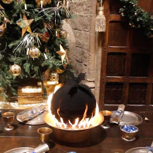 Did you know? The Christmas puddings in the #HarryPotter films were made of concrete to make them fireproof!