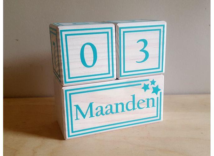 """Mijlpaalblokken """"ster"""" Superleuke mijlpaalblokken voor tijdens de zwangerschap of wanneer de kleine geboren is. www.deletterfee.nl"""
