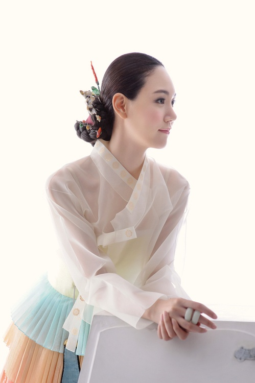 Modern hanbok korea, multi layer skirt and white transparent jacket.