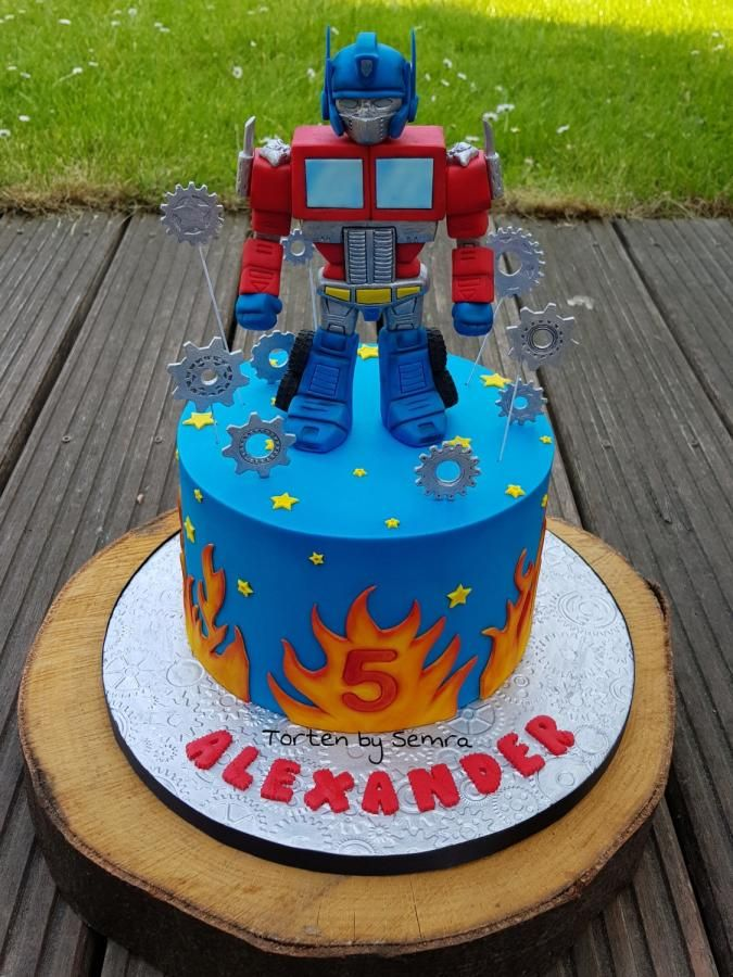 Tremendous Transformers By Tortenbysemra With Images Transformers Funny Birthday Cards Online Alyptdamsfinfo